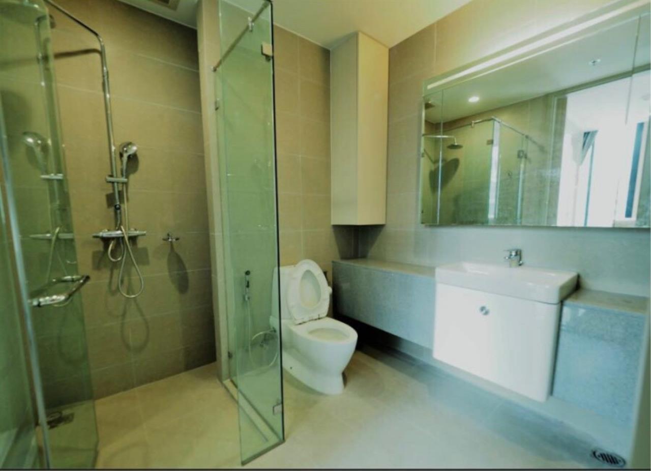 Century21 Skylux Agency's Noble Ploenchit / Condo For Rent / 2 Bedroom / 70.55 SQM / BTS Phloen Chit / Bangkok 12