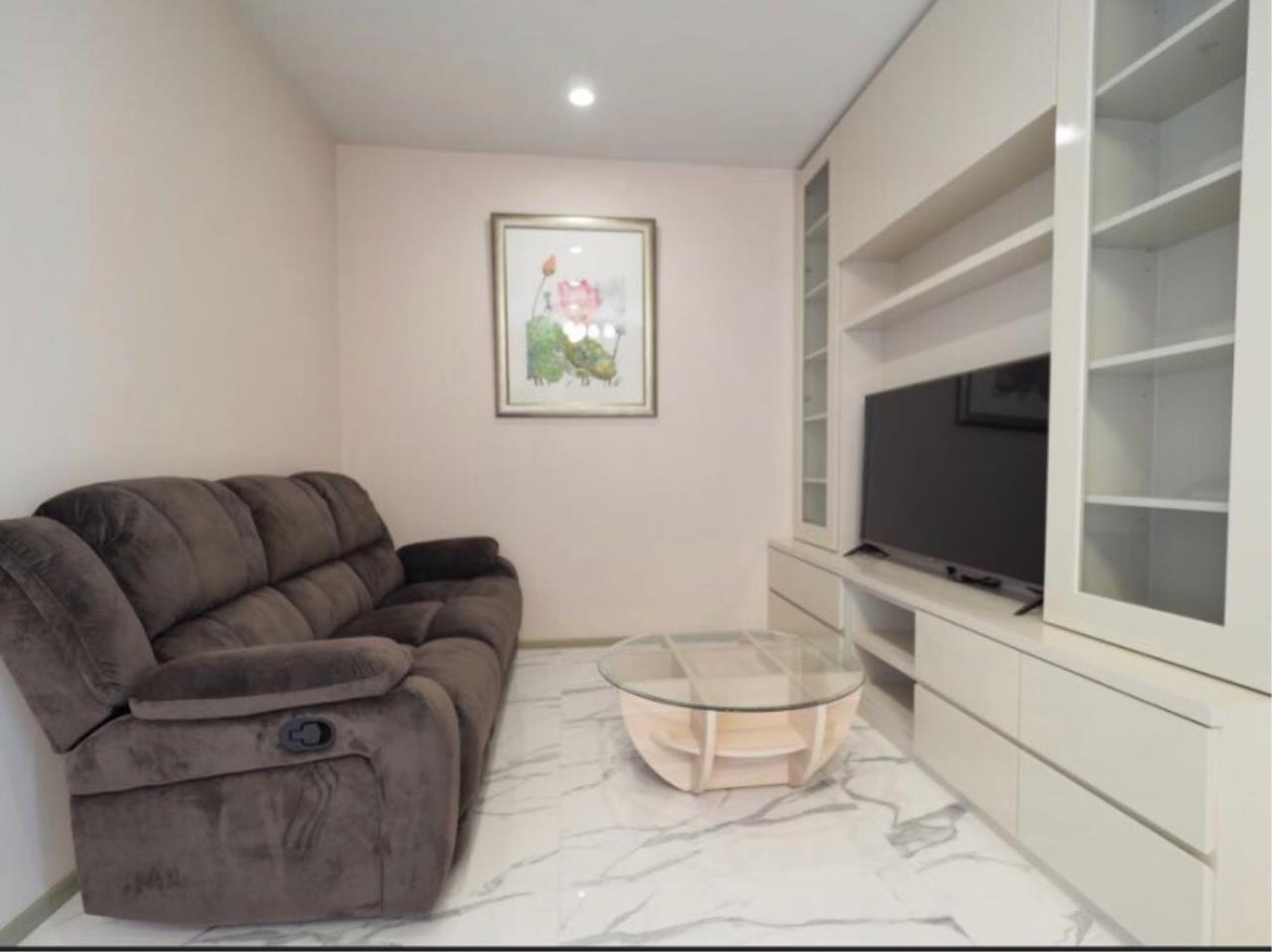 Century21 Skylux Agency's Noble Ploenchit / Condo For Rent / 2 Bedroom / 70.55 SQM / BTS Phloen Chit / Bangkok 3