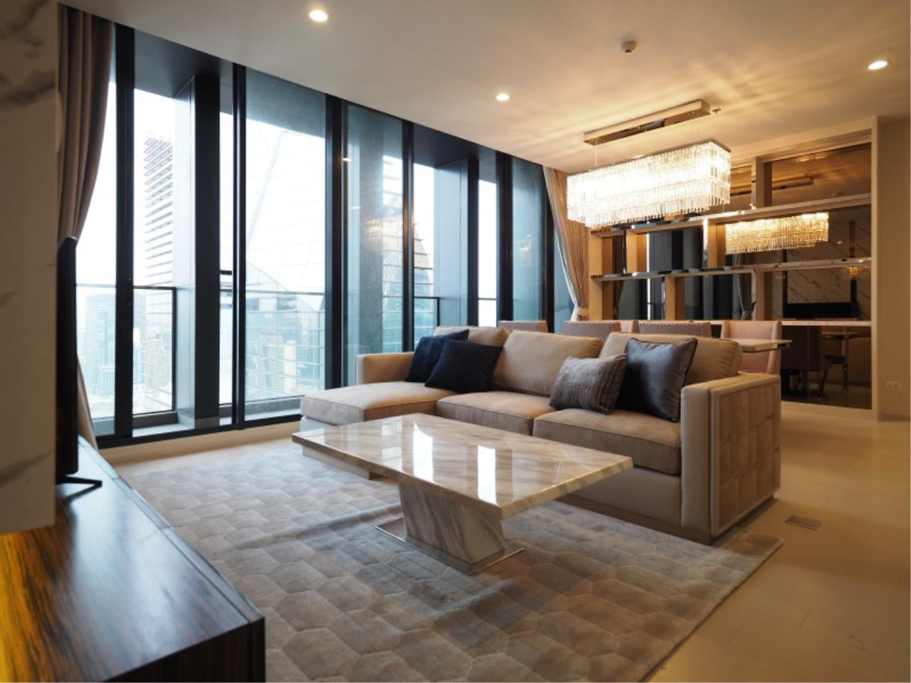Century21 Skylux Agency's Noble Ploenchit / Condo For Rent / 2 Bedroom / 118 SQM / BTS Phloen Chit / Bangkok 1