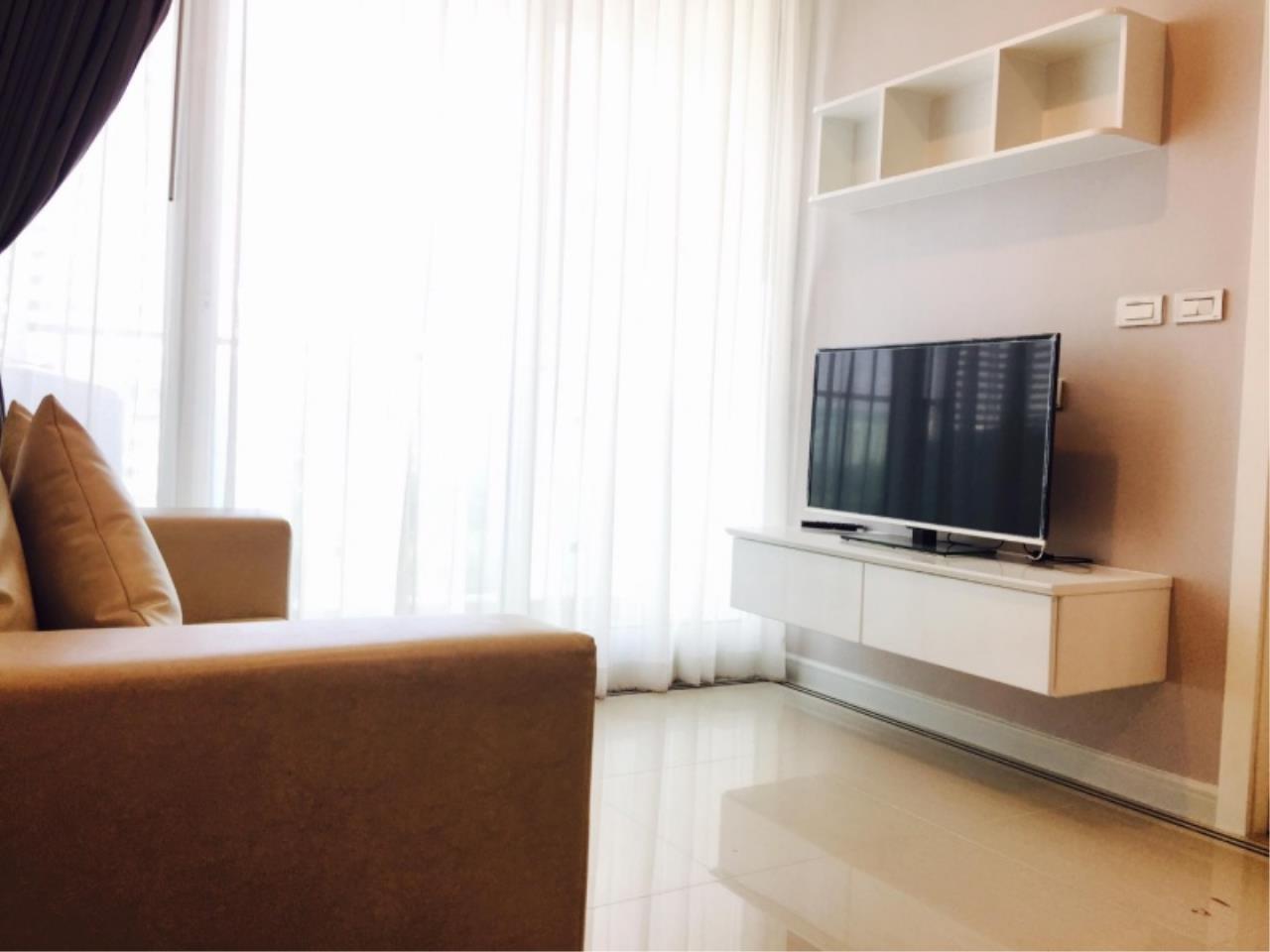 Century21 Skylux Agency's T.C. Green / Condo For Sale / 1 Bedroom / 35 SQM / MRT Phra Ram 9 / Bangkok 1