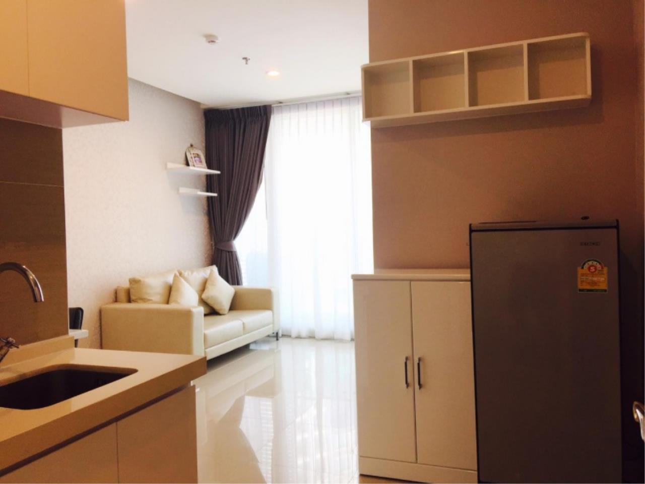 Century21 Skylux Agency's T.C. Green / Condo For Sale / 1 Bedroom / 35 SQM / MRT Phra Ram 9 / Bangkok 7