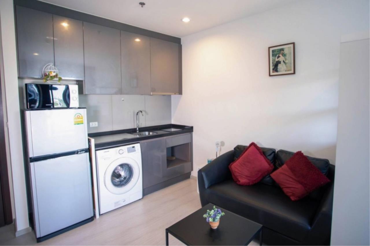Century21 Skylux Agency's Rhythm Asoke / Condo For Sale / 1 Bedroom / 21.5 SQM / MRT Phra Ram 9 / Bangkok 3