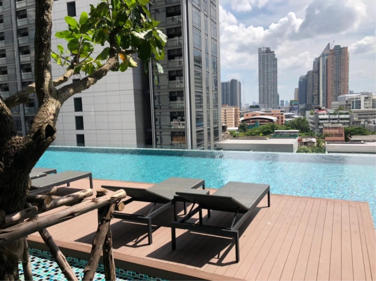 Century21 Skylux Agency's Lumpini Suite Phetchaburi-Makkasan / Condo For Sale / 1 Bedroom / 23 SQM / MRT Phetchaburi / Bangkok 7
