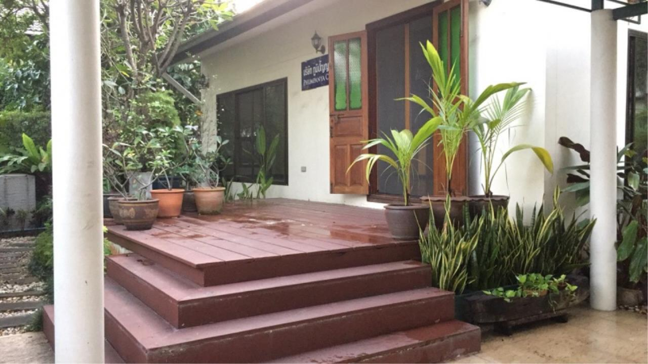 Century21 Skylux Agency's Panya Housing (Pattanakarn) / Single House For Rent / 4 Bedroom / 476 SQM / BTS On Nut / Bangkok 1