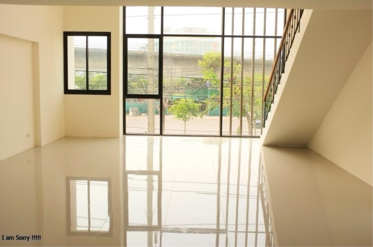 Century21 Skylux Agency's Brighton Home Office Rama3 / Office For Sale / 3 Bedroom / 300 SQM / Rama 3 / Bangkok 5