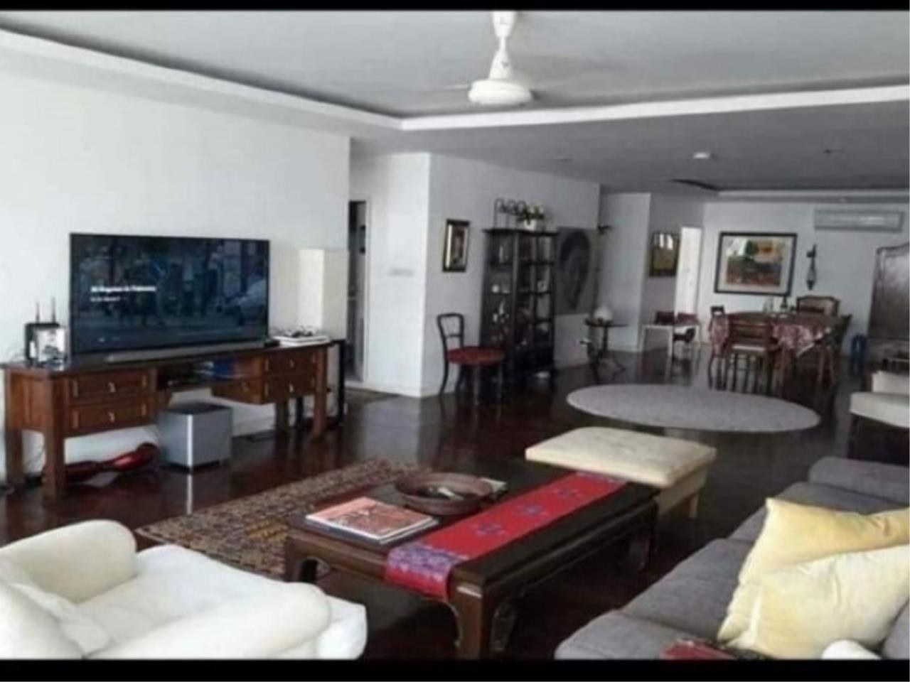 Century21 Skylux Agency's Sukhumvit Casa / Condo For Sale / 4 Bedroom / 200 SQM / BTS Nana / Bangkok 3