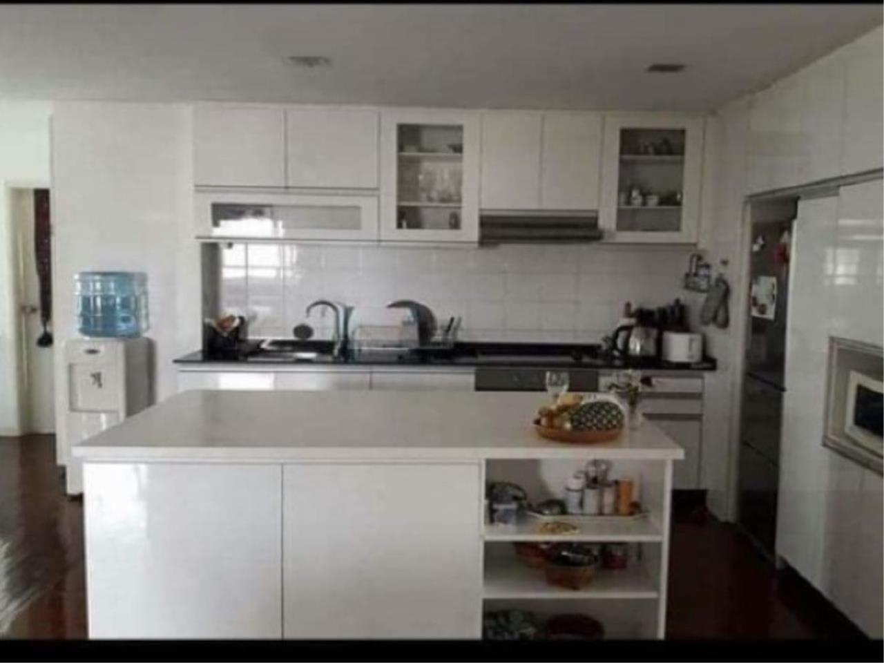 Century21 Skylux Agency's Sukhumvit Casa / Condo For Sale / 4 Bedroom / 200 SQM / BTS Nana / Bangkok 4