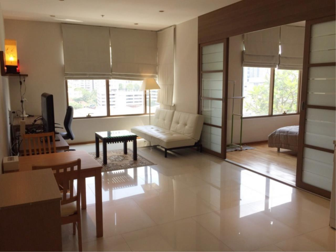 Century21 Skylux Agency's The Emporio Place / Condo For Sale / 1 Bedroom / 48.4 SQM / BTS Phrom Phong / Bangkok 2