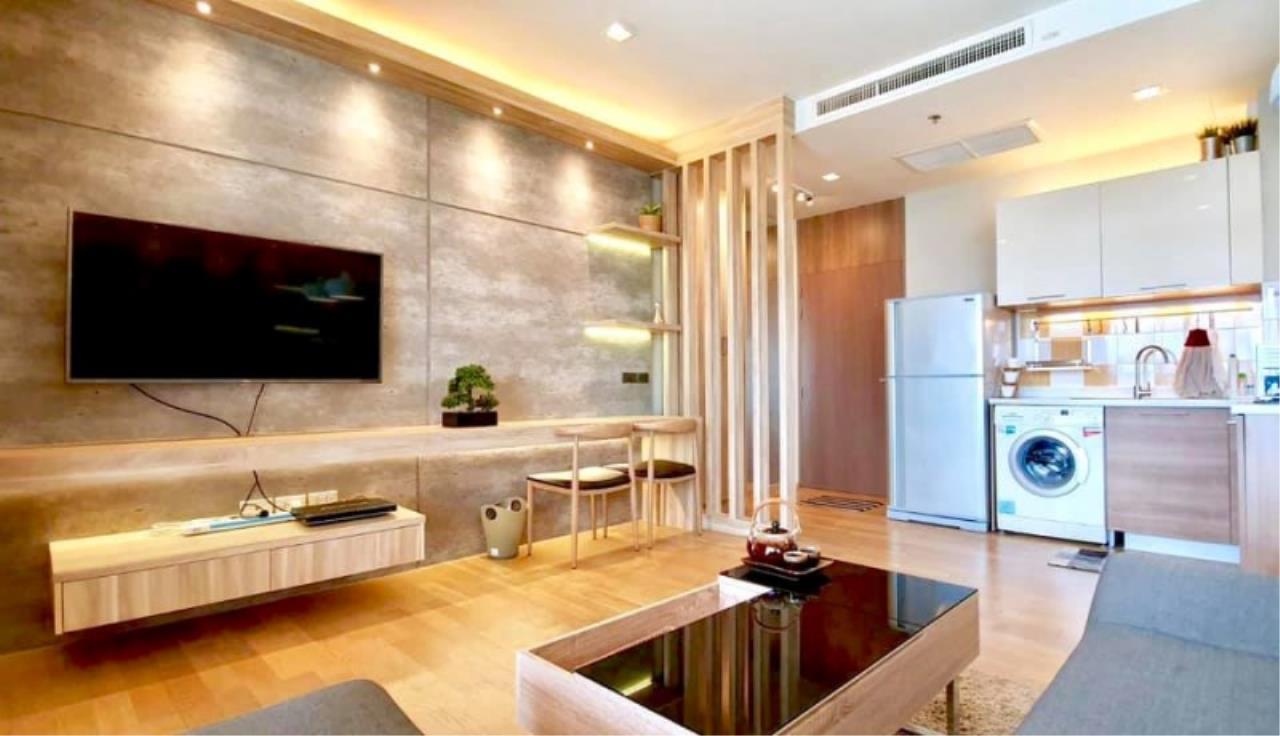 Century21 Skylux Agency's Noble Reveal / Condo For Sale / 1 Bedroom / 48 SQM / BTS Ekkamai / Bangkok 2
