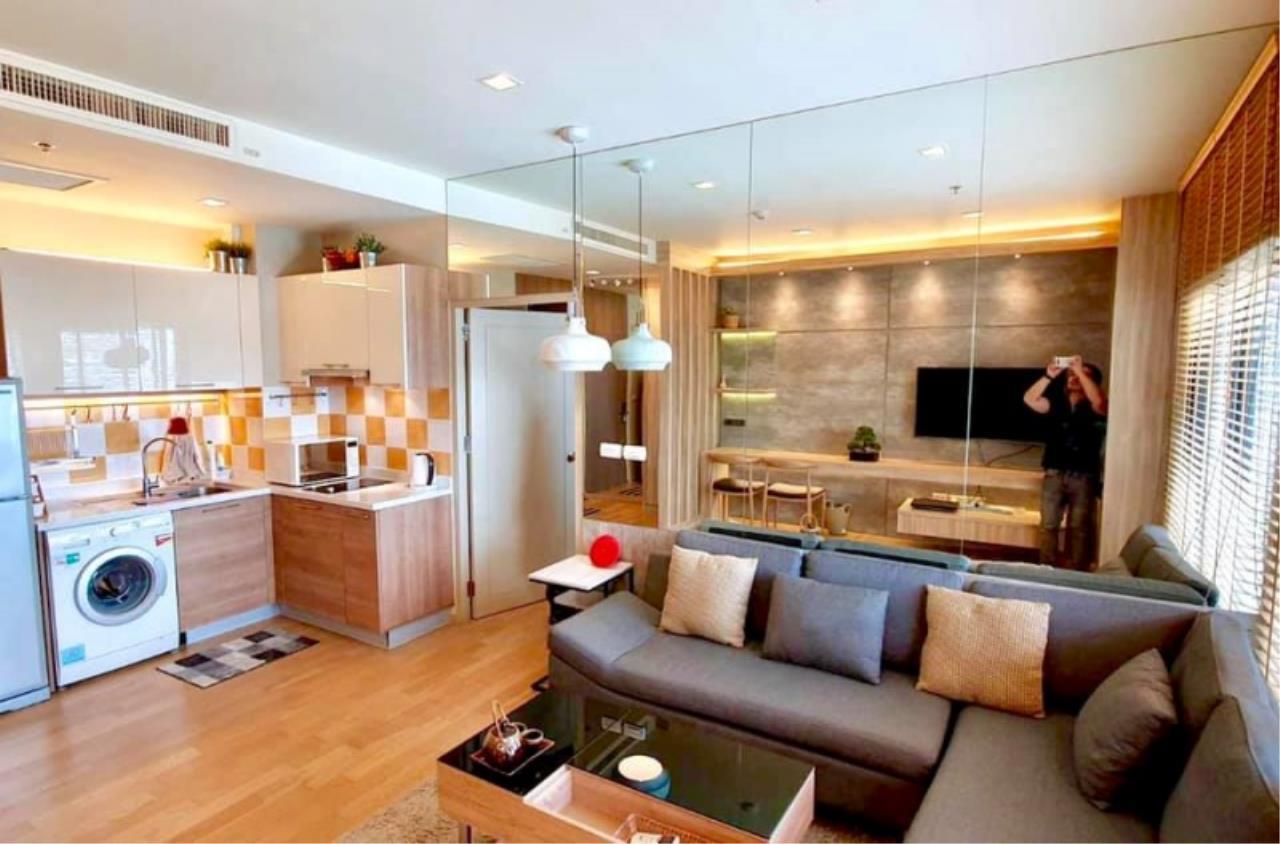 Century21 Skylux Agency's Noble Reveal / Condo For Sale / 1 Bedroom / 48 SQM / BTS Ekkamai / Bangkok 1