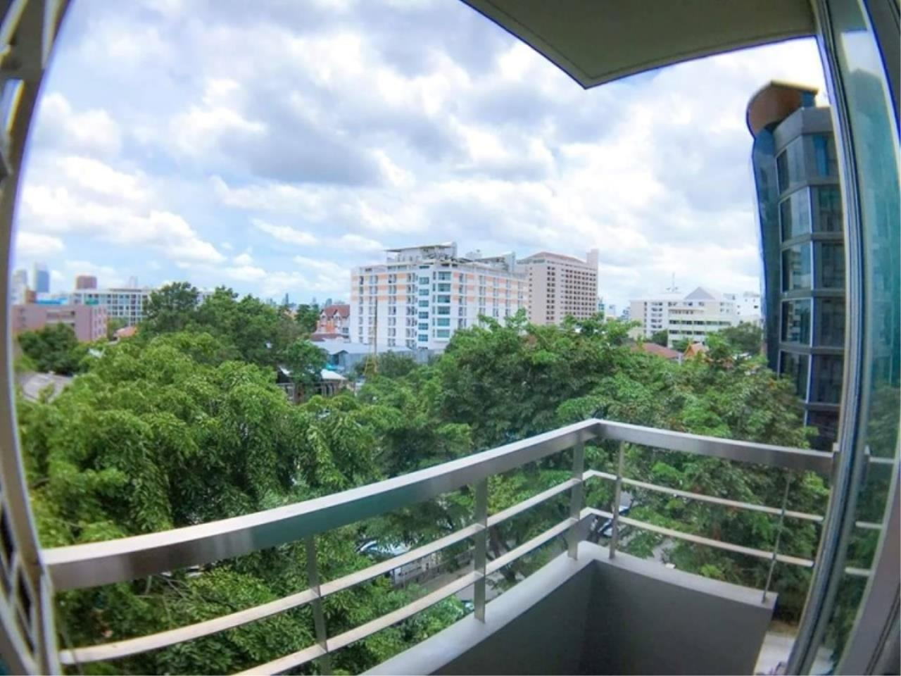 Century21 Skylux Agency's The Kris Ratchada / Condo For Sale / 2 Bedroom / 44 SQM / MRT Sutthisan / Bangkok 9