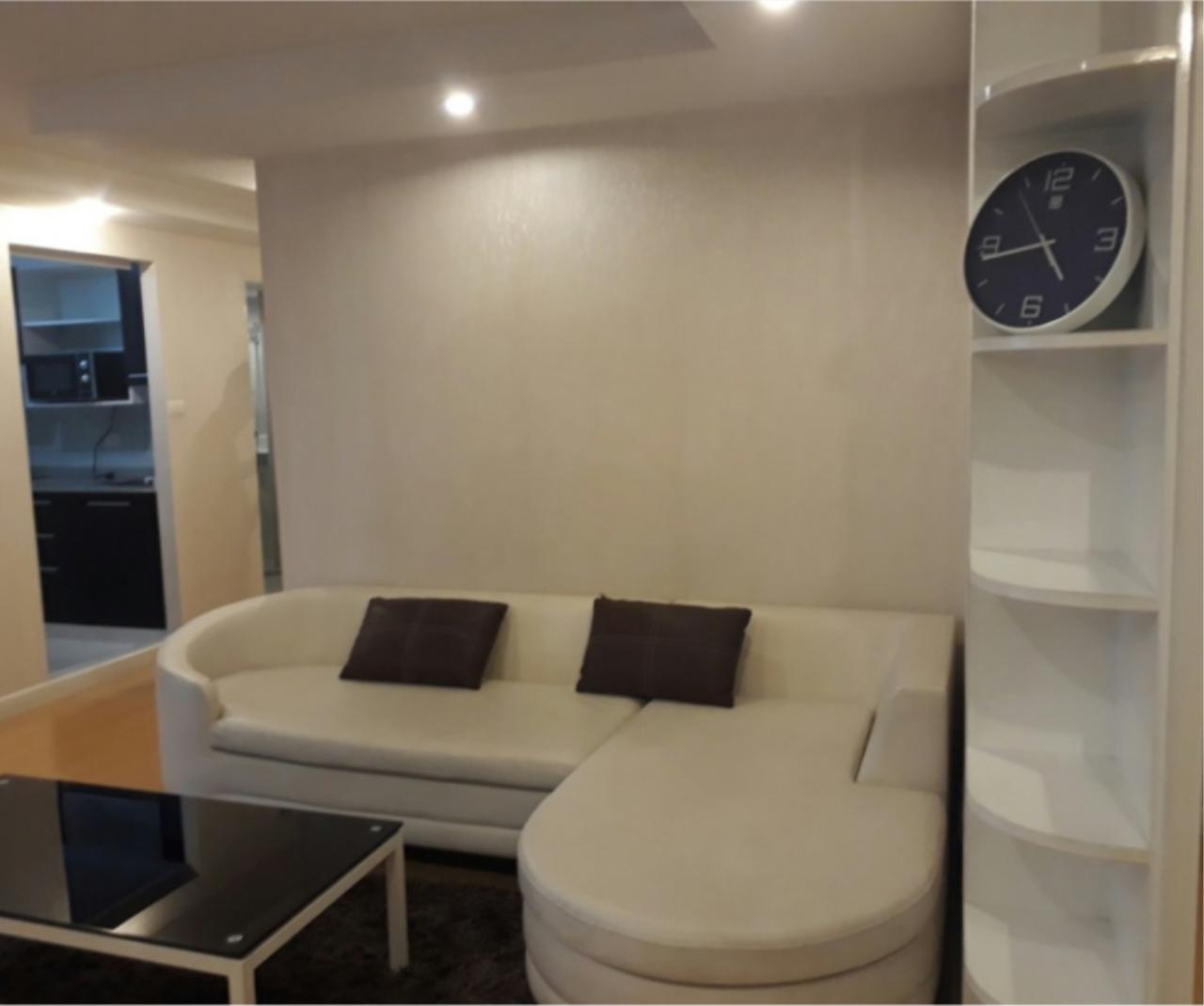 Zenith Place @ Sukhumvit / Condo For Sale / 2 Bedroom / 67 SQM / BTS Phra Khanong / Bangkok