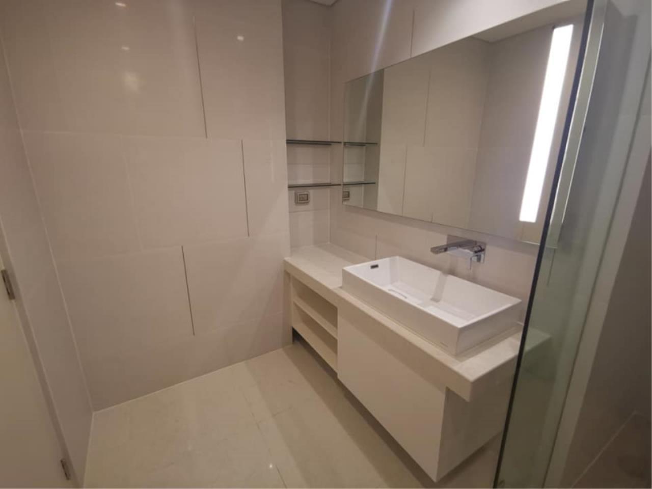 Century21 Skylux Agency's The Bangkok Sathorn / Condo For Rent / 1 Bedroom / 65 SQM / BTS Surasak / Bangkok 7