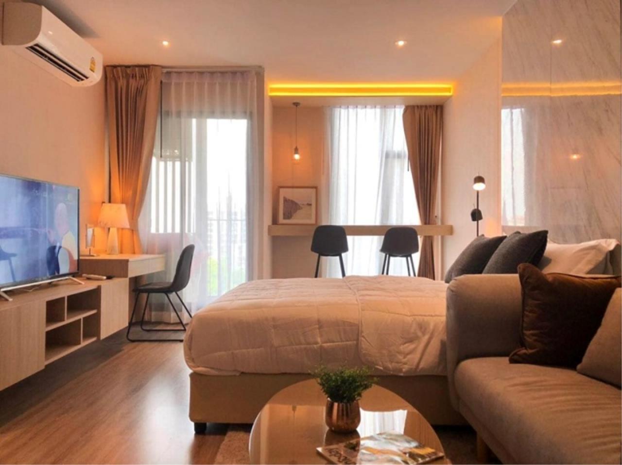 Century21 Skylux Agency's RHYTHM Ekkamai / Condo For Rent / 1 Bedroom / 31 SQM / BTS Ekkamai / Bangkok 2