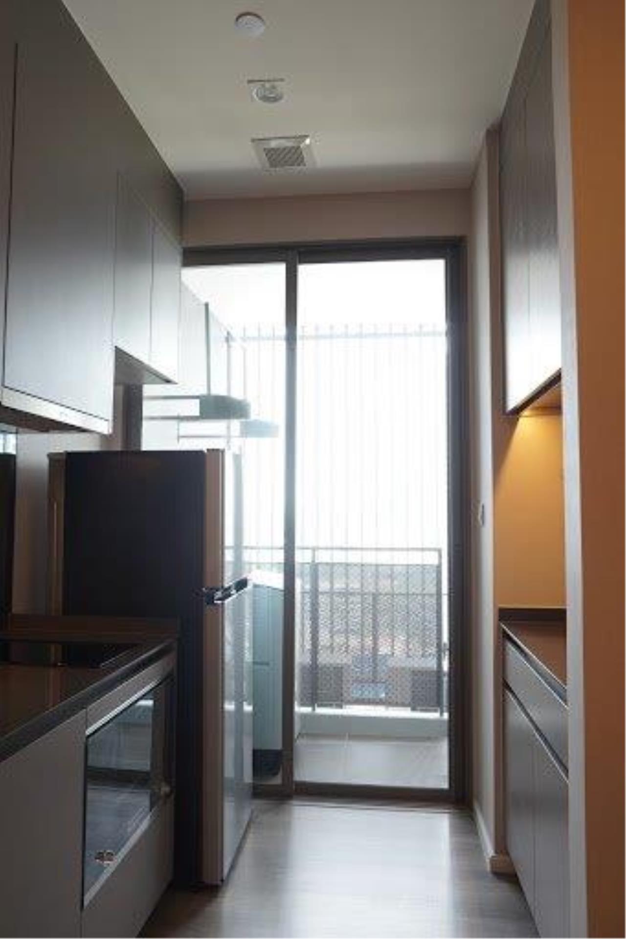 Century21 Skylux Agency's The Room Sukhumvit 69 / Condo For Sale / 1 Bedroom / 35 SQM / BTS Phra Khanong / Bangkok 7