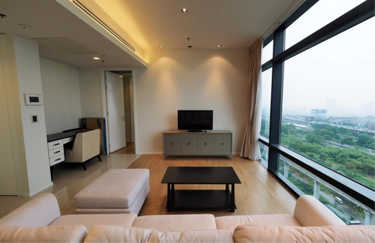 Century21 Skylux Agency's Circle Living Prototype / Condo For Rent / 2 Bedroom / 83.12 SQM / MRT Phetchaburi / Bangkok 2