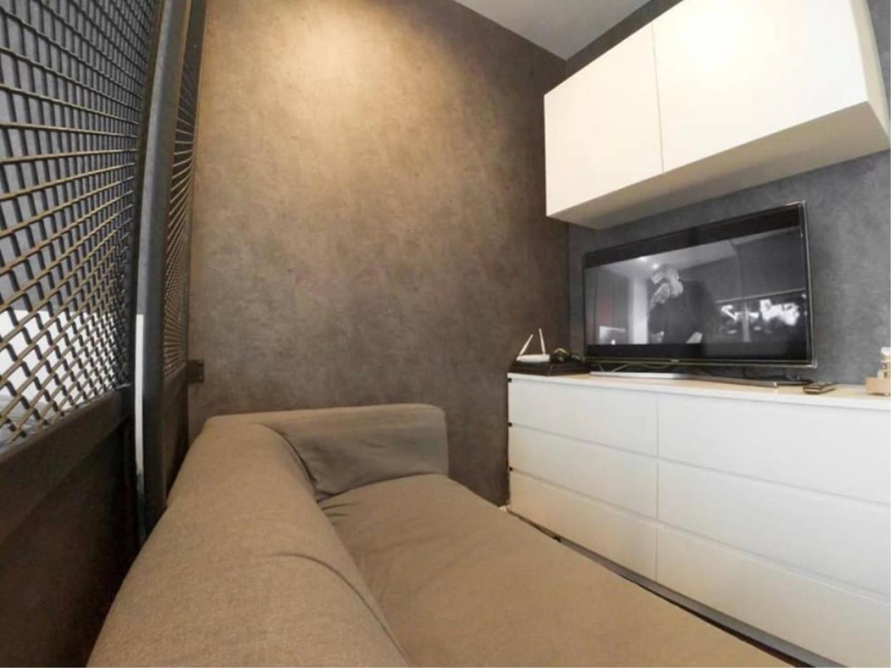 Century21 Skylux Agency's Circle Condominium / Condo For Sale / 1 Bedroom / 33.51 SQM / MRT Phetchaburi / Bangkok 5
