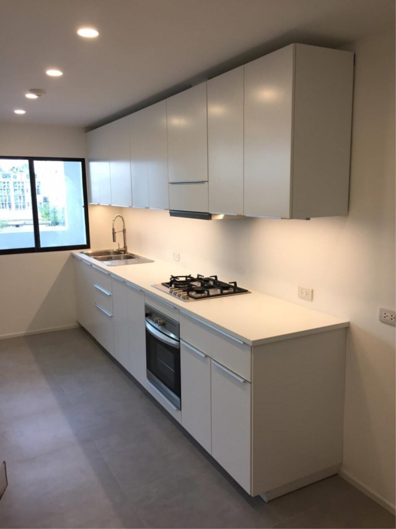 Century21 Skylux Agency's D.S. Tower 2 Sukhumvit 39 / Condo For Rent / 3 Bedroom / 140 SQM / BTS Phrom Phong / Bangkok 4