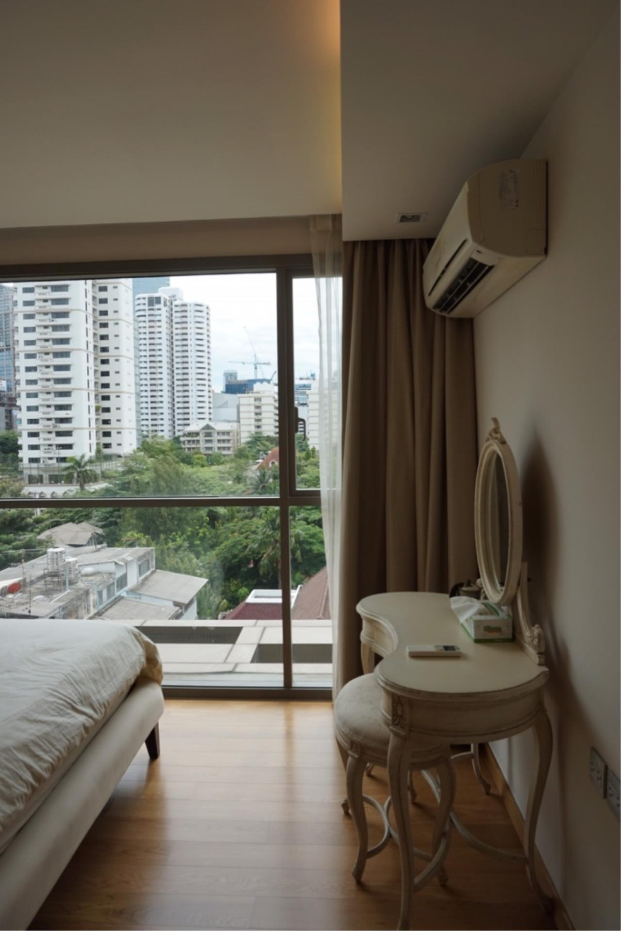 Century21 Skylux Agency's Via Botani / Condo For Sale / 1 Bedroom / 47 SQM / BTS Phrom Phong / Bangkok 3