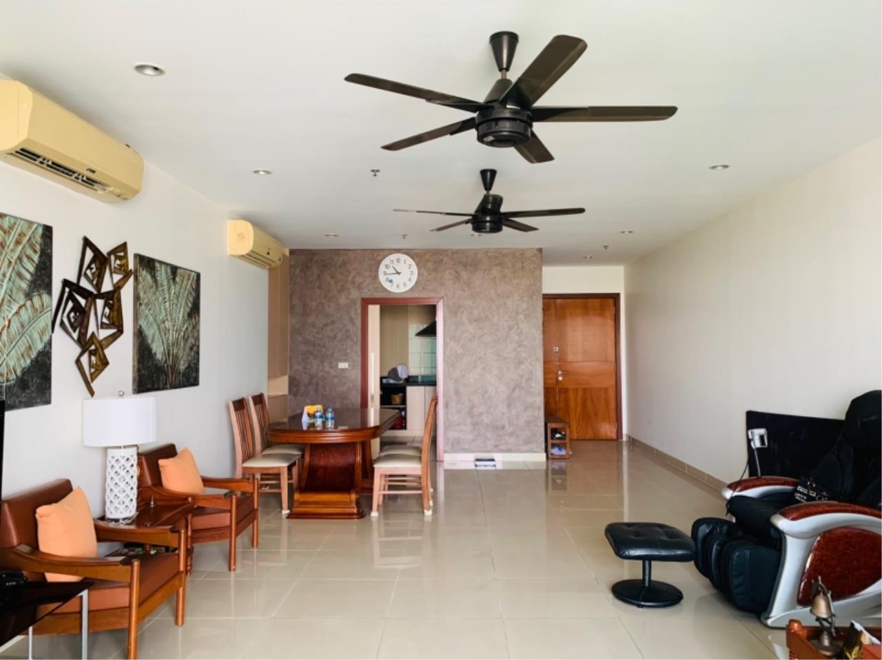 Century21 Skylux Agency's The Star Estate @ Narathiwas / Condo For Rent / 3 Bedroom / 165.09 SQM / BTS Chong Nonsi / Bangkok 1
