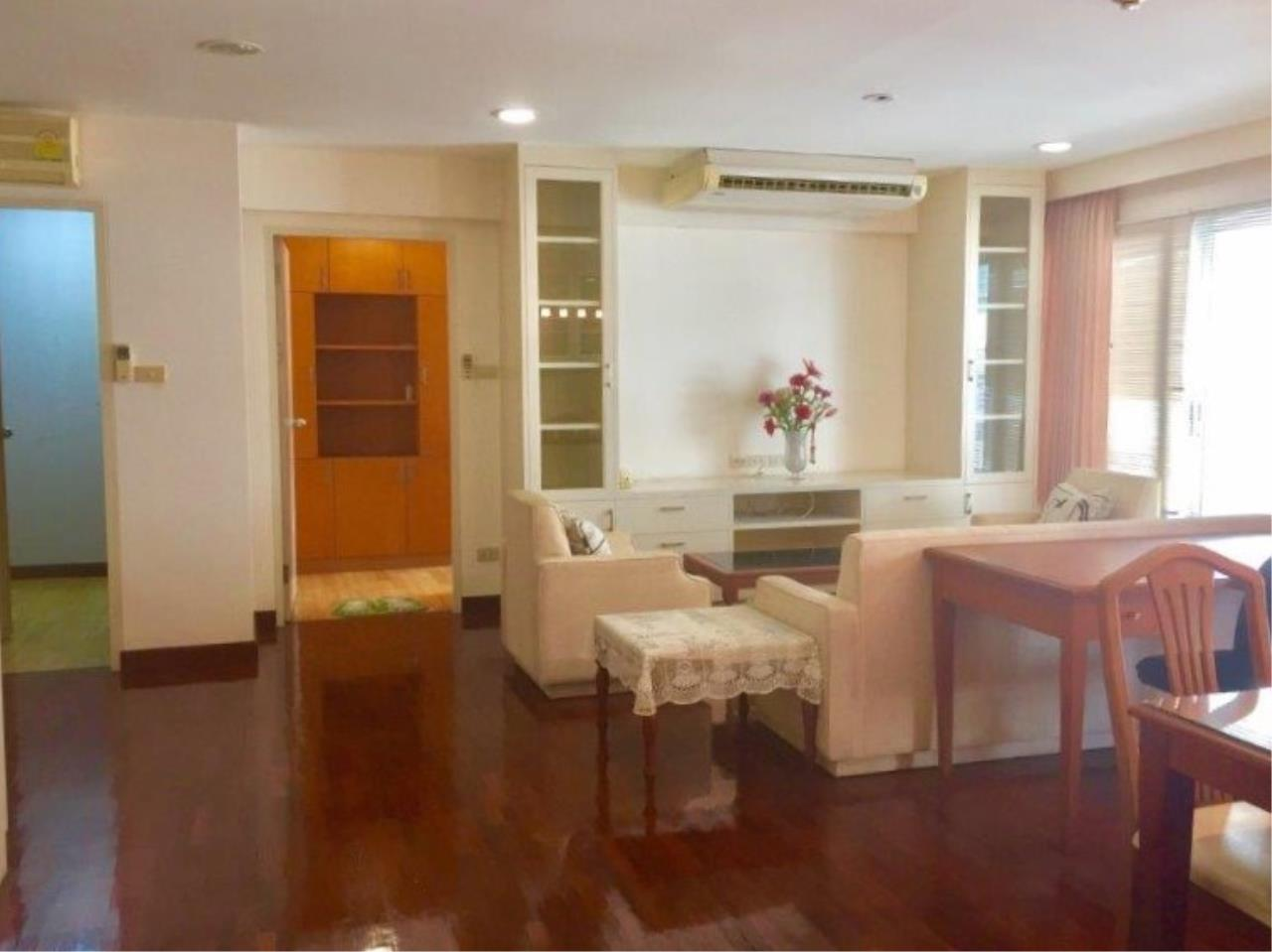 Century21 Skylux Agency's Navin Court / Condo For Sale / 3 Bedroom / 122 SQM / BTS Phloen Chit / Bangkok 1