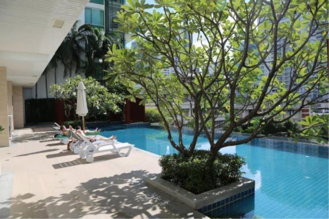 Century21 Skylux Agency's Aspire Rama 9 / Condo For Sale / 1 Bedroom / 39 SQM / MRT Phra Ram 9 / Bangkok 9