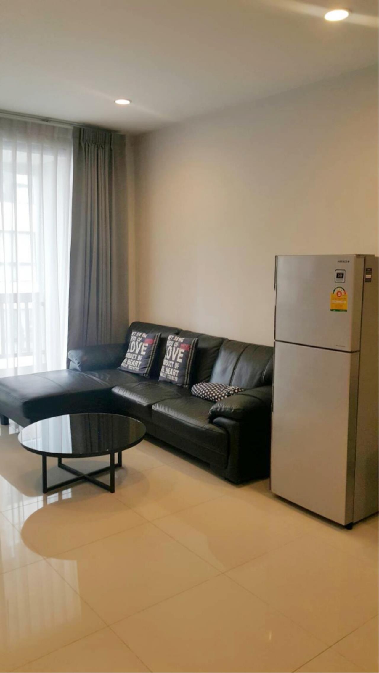 Century21 Skylux Agency's Vista Garden / Condo For Rent / 1 Bedroom / 44.92 SQM / BTS Phra Khanong / Bangkok 1