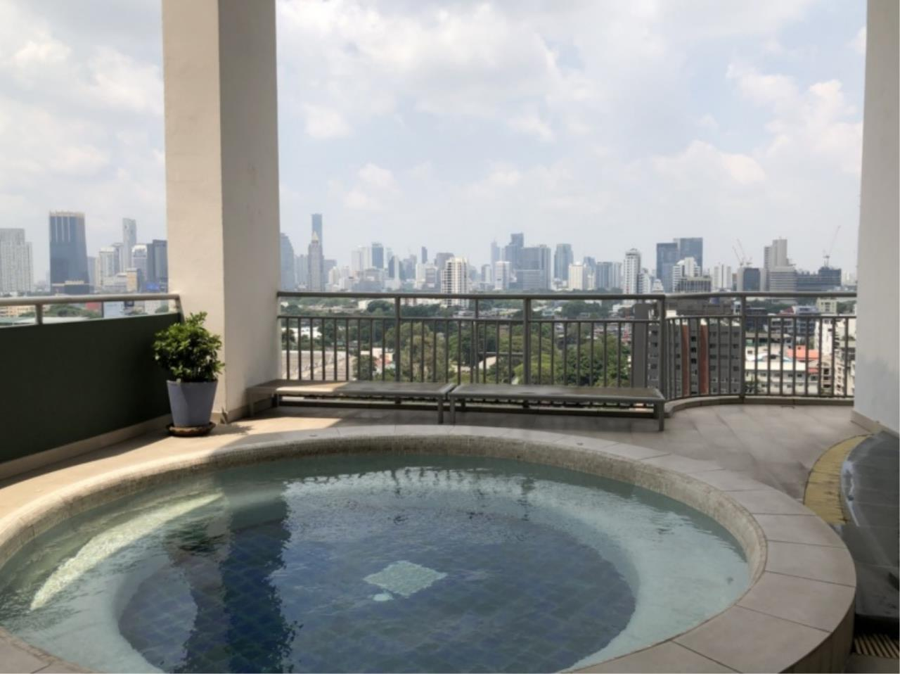 Century21 Skylux Agency's Lake Green / Condo For Rent / 2 Bedroom / 135.04 SQM / BTS Nana / Bangkok 11