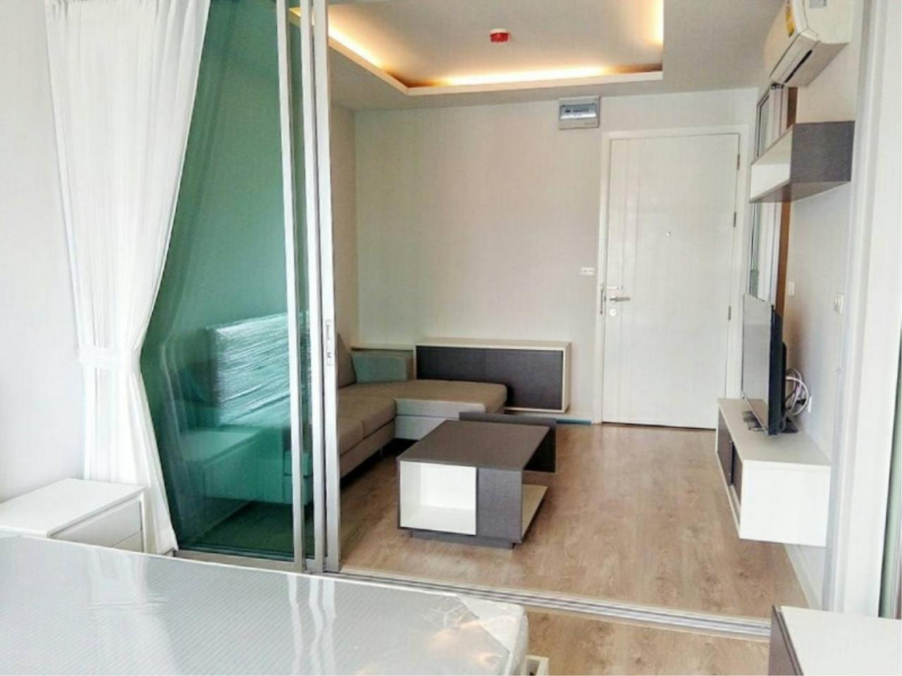 Century21 Skylux Agency's Bridge Sathorn-Narathiwas / Condo For Sale / 1 Bedroom / 33.6 SQM / BTS Chong Nonsi / Bangkok 2