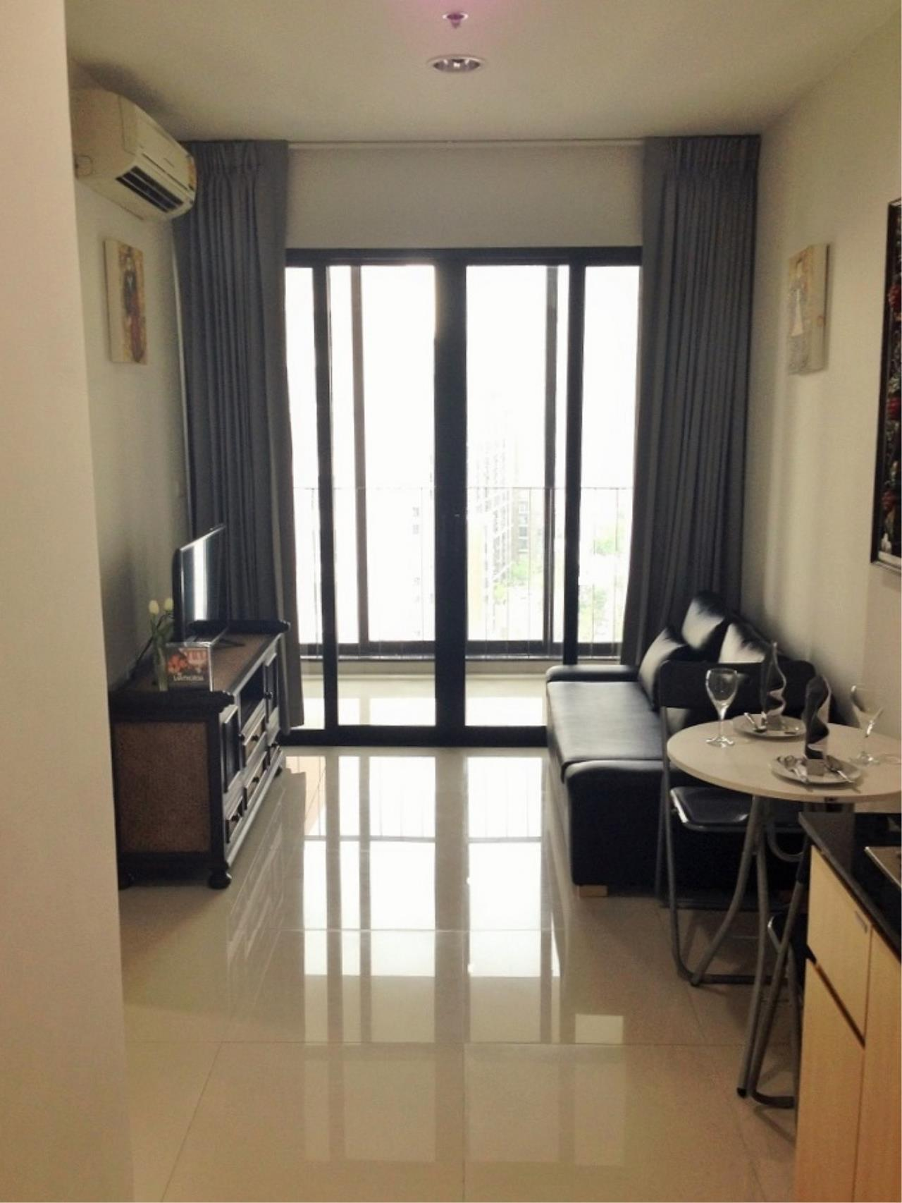 Century21 Skylux Agency's Ideo Ratchada-Huaykwang / Condo For Rent / 1 Bedroom / 35 SQM / MRT Huai Khwang / Bangkok 1