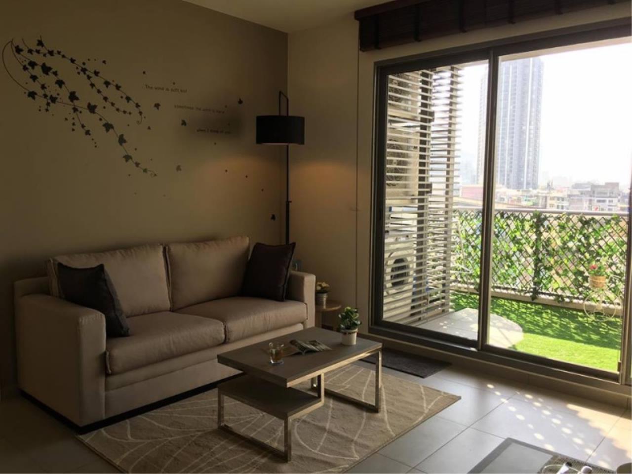 Century21 Skylux Agency's The Lofts Ekkamai / Condo For Sale / 1 Bedroom / 51 SQM / BTS Ekkamai / Bangkok 8