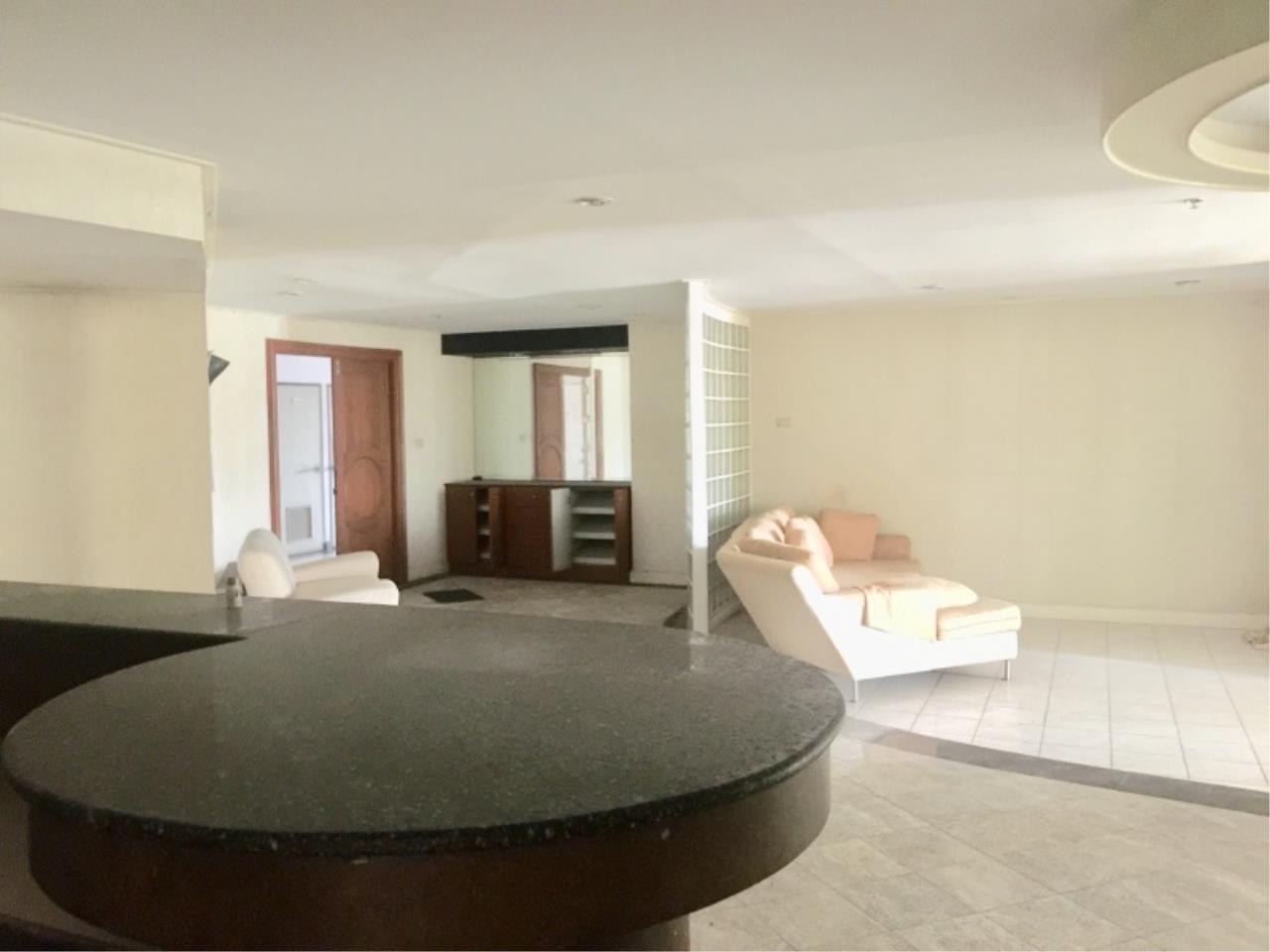 Century21 Skylux Agency's Crystal Garden / Condo For Sale / 3 Bedroom / 212 SQM / BTS Nana / Bangkok 2