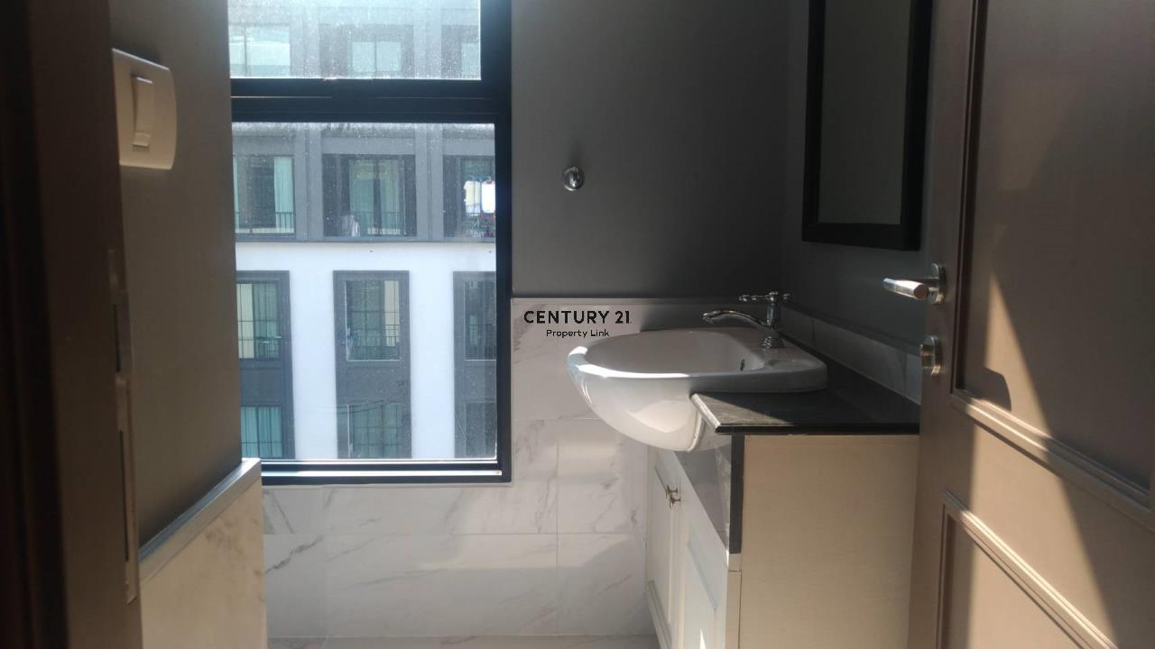 Century21 Property Link Agency's 04-CC-61311 The Reserve kasemsan 3 7