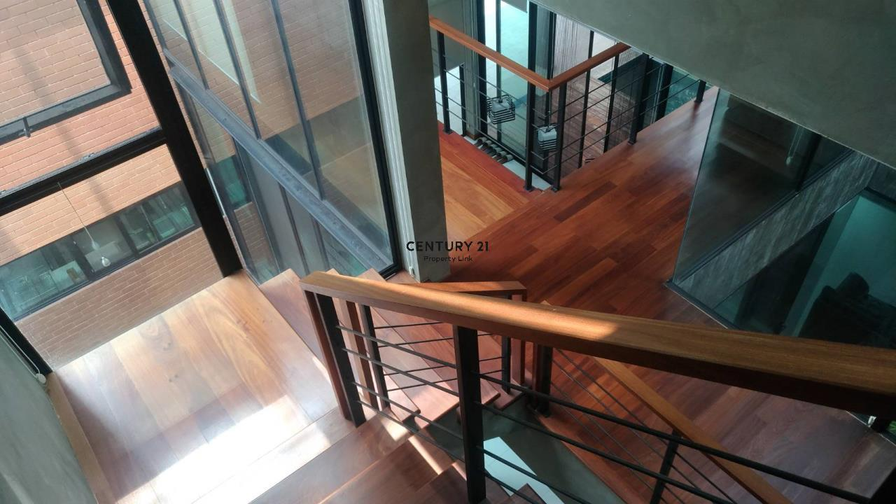 Century21 Property Link Agency's 04-HH-61103  House for Sale in phaholyothin 8 7