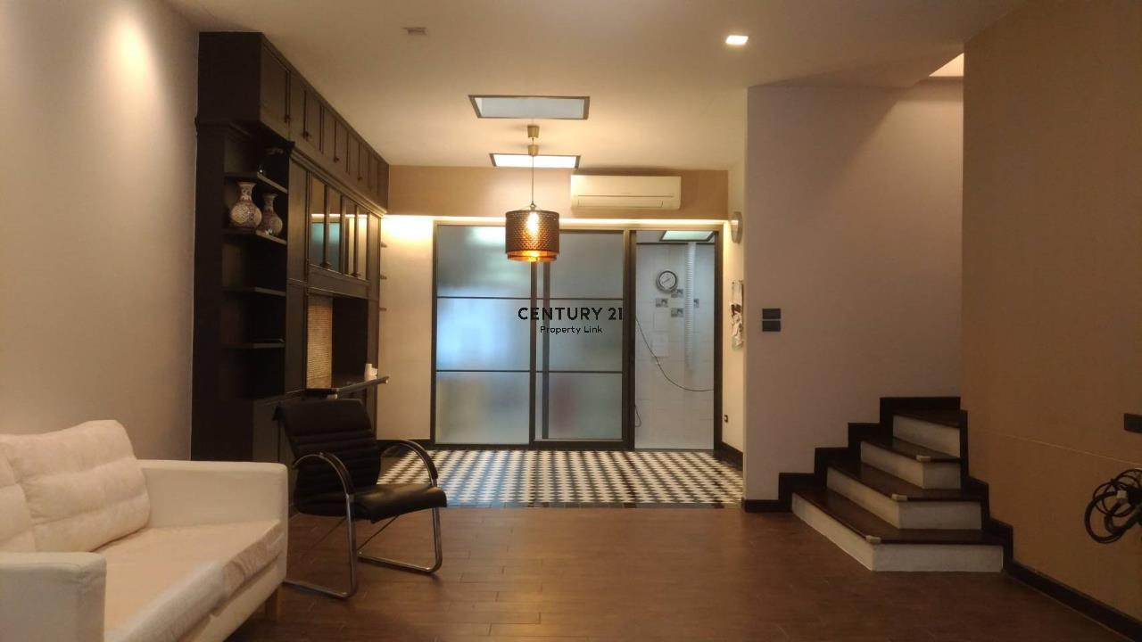 Century21 Property Link Agency's 04-TH-61043 Town House @ Ari Sampha soi 3 for sale/rent 3