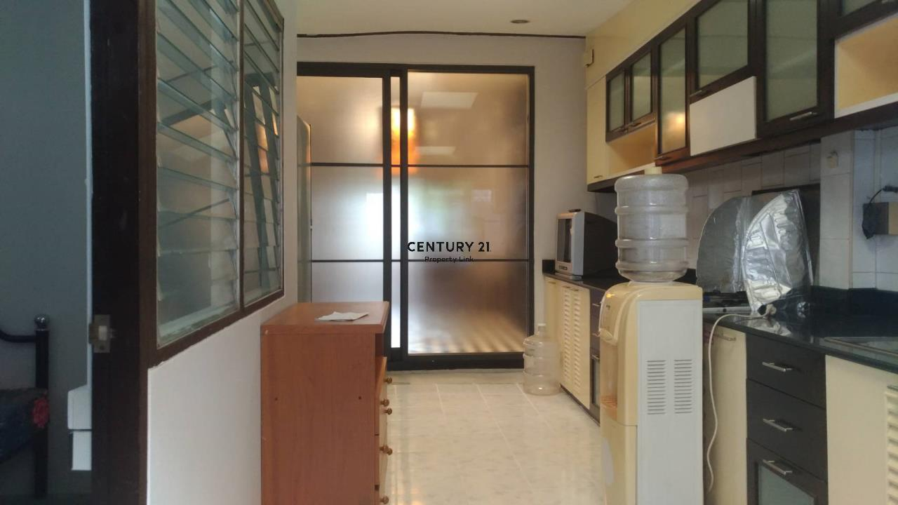 Century21 Property Link Agency's 04-TH-61043 Town House @ Ari Sampha soi 3 for sale/rent 8