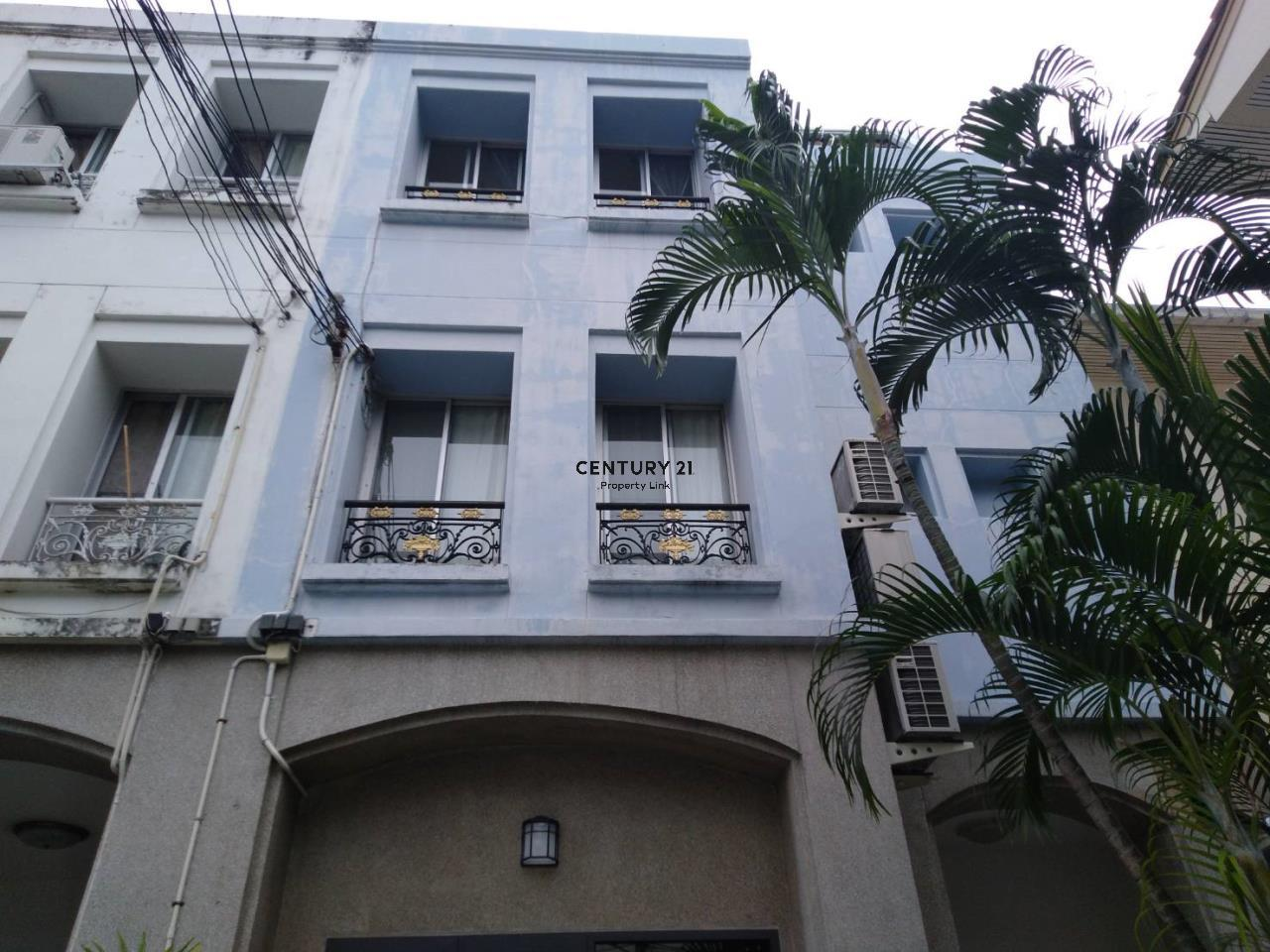 Century21 Property Link Agency's 04-TH-61043 Town House @ Ari Sampha soi 3 for sale/rent 1