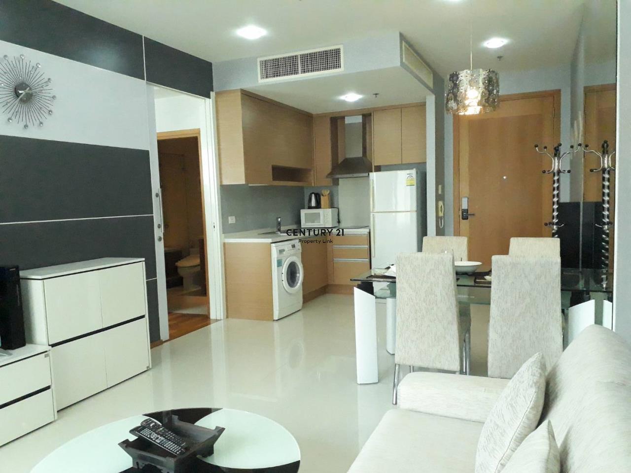 Century21 Property Link Agency's 37-CC-61611 Emporio Place 3