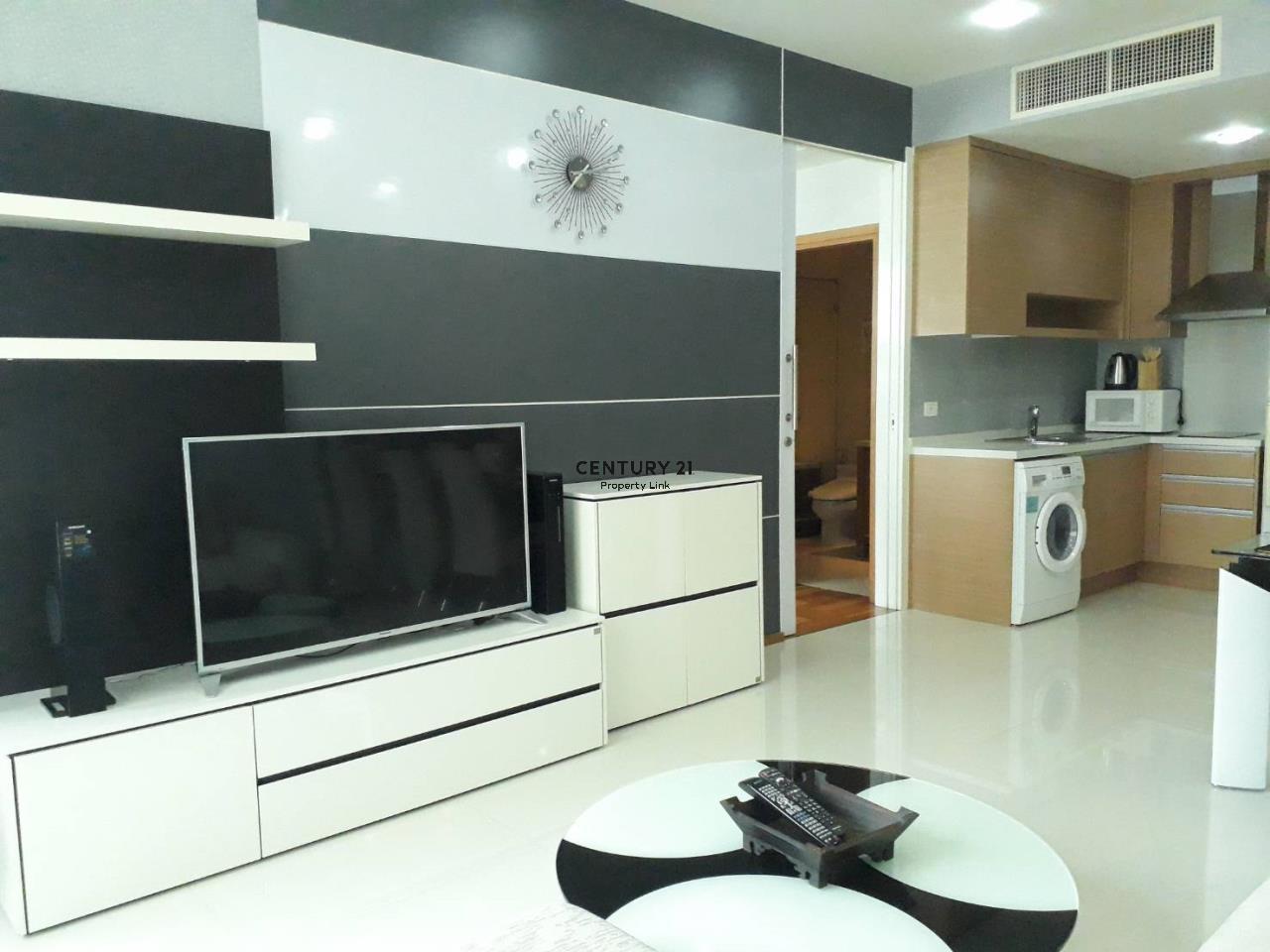 Century21 Property Link Agency's 37-CC-61611 Emporio Place 4