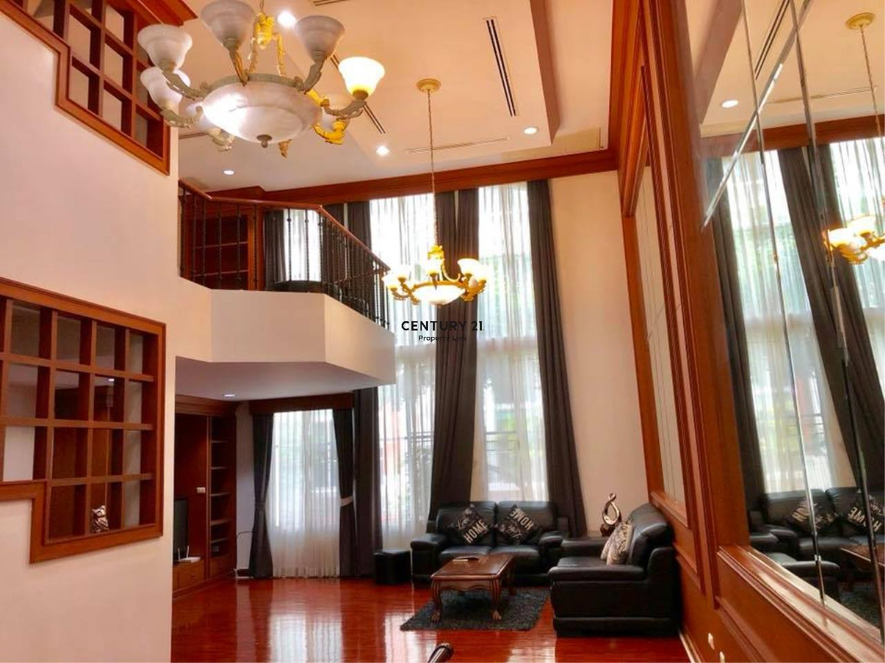 Century21 Property Link Agency's 37-TH-61047 Townhouse in Thonglor for Rent 4