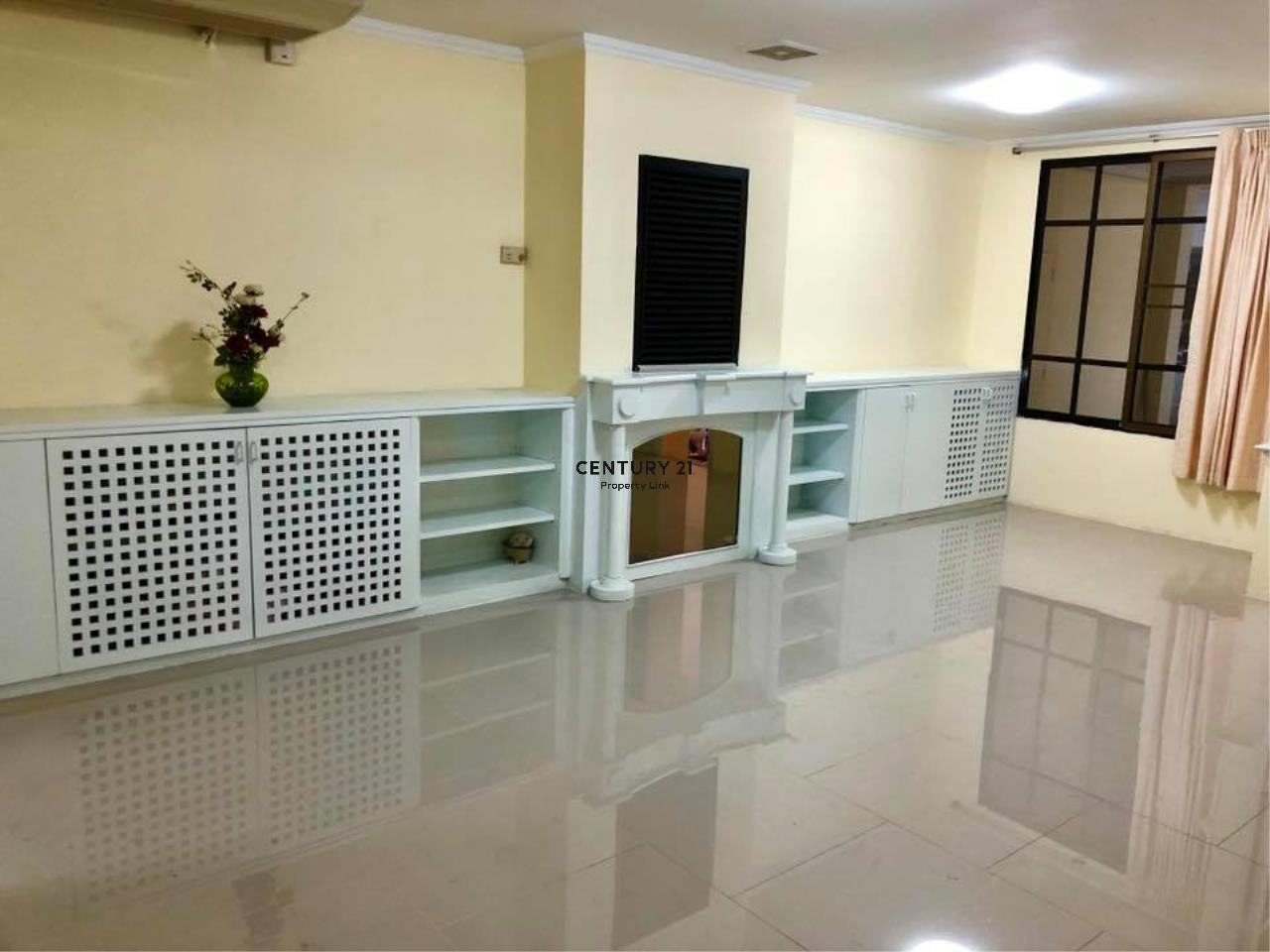 Century21 Property Link Agency's 37-TH-61048 Townhouse for Rent in Phromphong 4