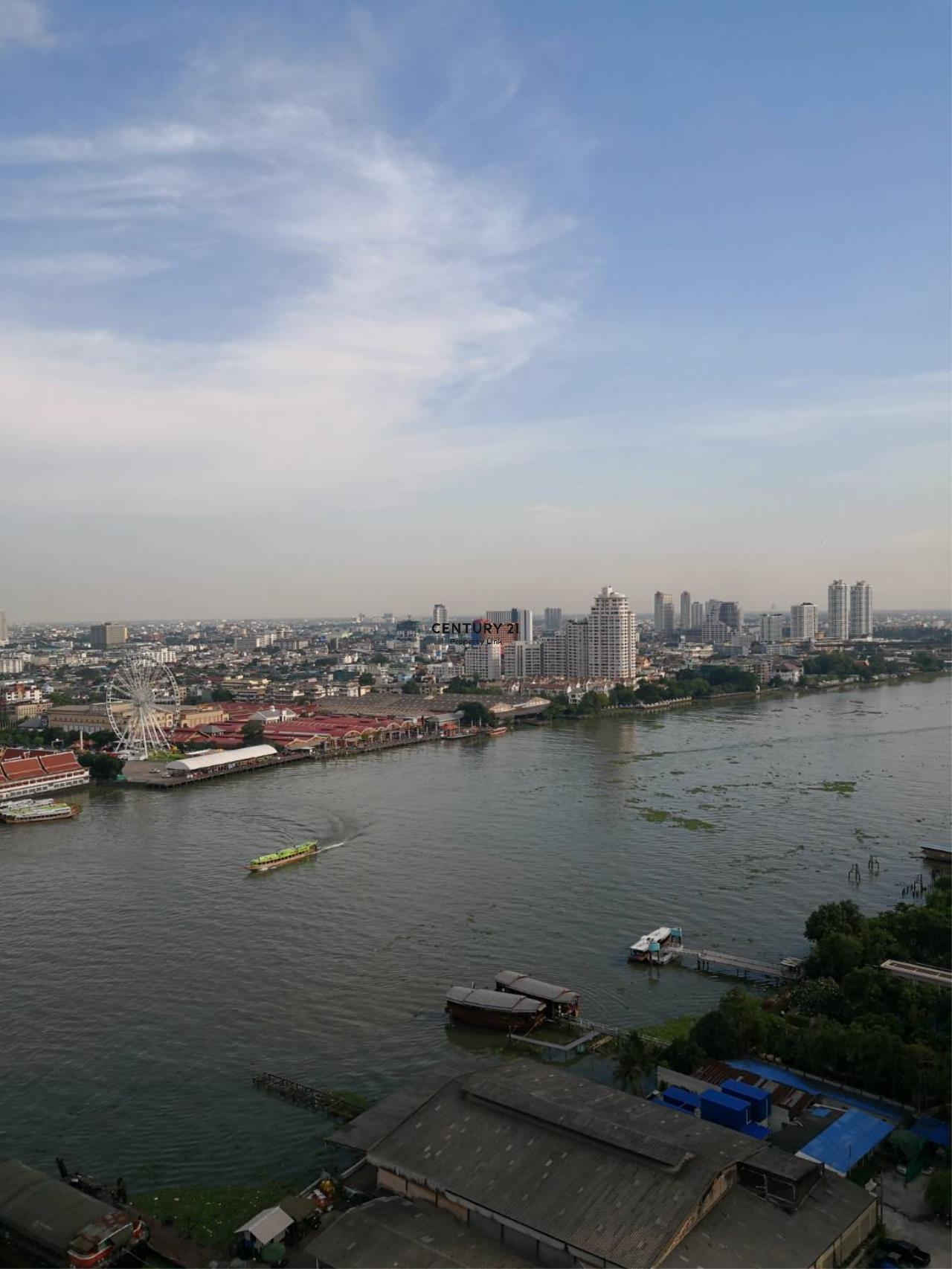 Century21 Property Link Agency's 38-CC-61331 Supalai River Place Condominium  Fully Furnished High level view Chao Phraya River near BTS Krung Thon Buri  8