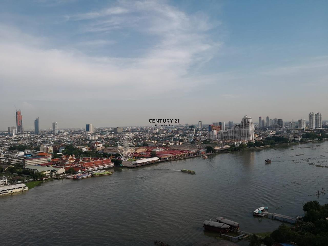 Century21 Property Link Agency's 38-CC-61331 Supalai River Place Condominium  Fully Furnished High level view Chao Phraya River near BTS Krung Thon Buri  9