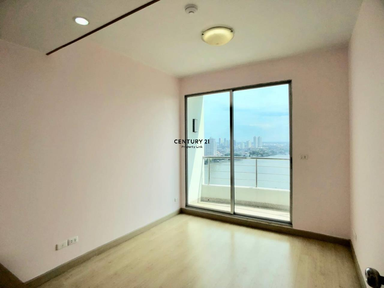 Century21 Property Link Agency's 38-CC-61335 Supalai River Place Condominium  High level view Chao Phraya River near BTS Krung Thon Buri  5
