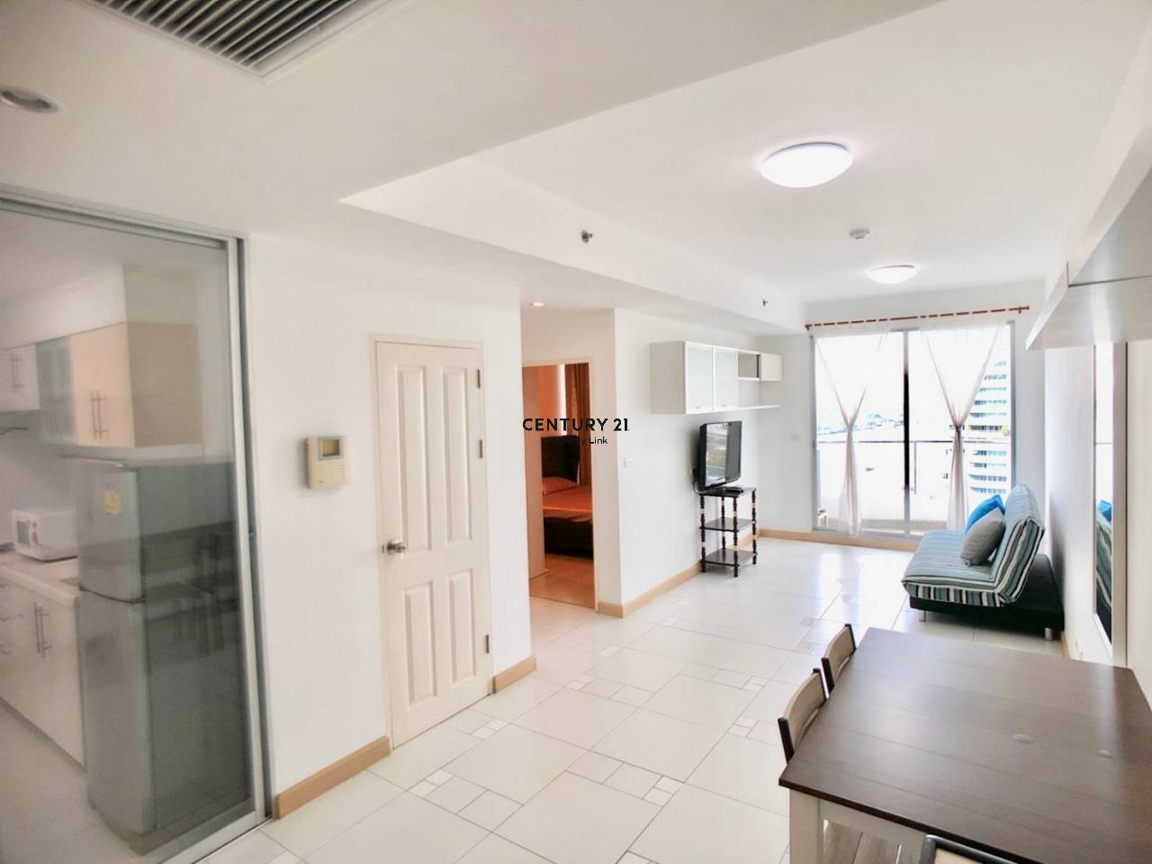 Century21 Property Link Agency's 38-CC-61336 Supalai River Place Condominium  Fully Furnished High level view Chao Phraya River near BTS Krung Thon Buri  1