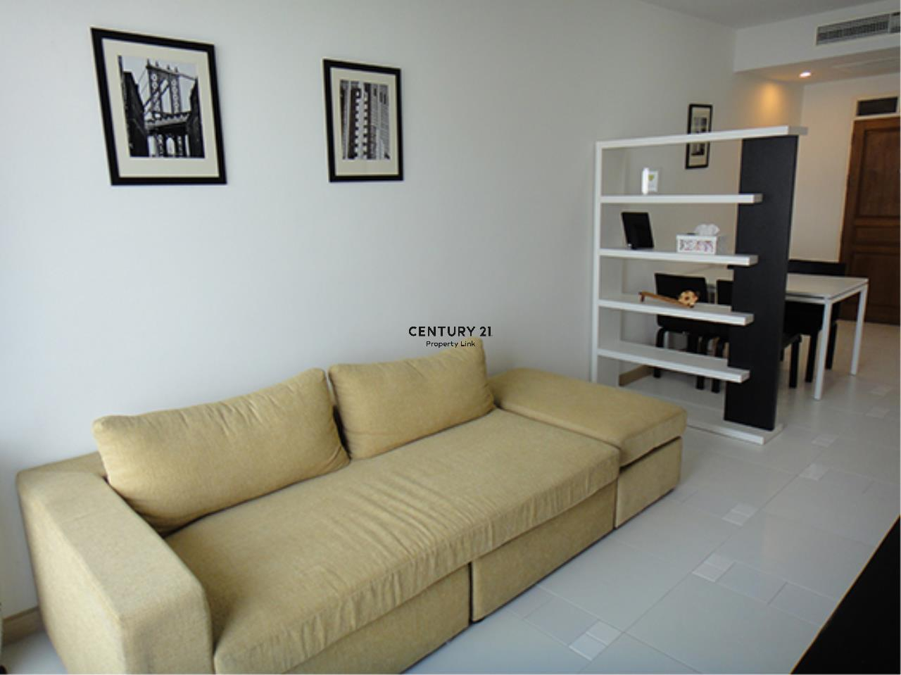 Century21 Property Link Agency's 38-CC-61431 Supalai River Place Condominium  Fully Furnished High level view Chao Phraya River near BTS Krung Thon Buri  1