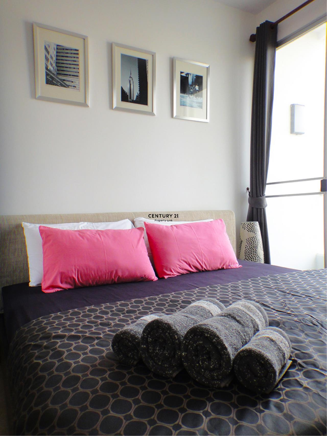 Century21 Property Link Agency's 38-CC-61431 Supalai River Place Condominium  Fully Furnished High level view Chao Phraya River near BTS Krung Thon Buri  5