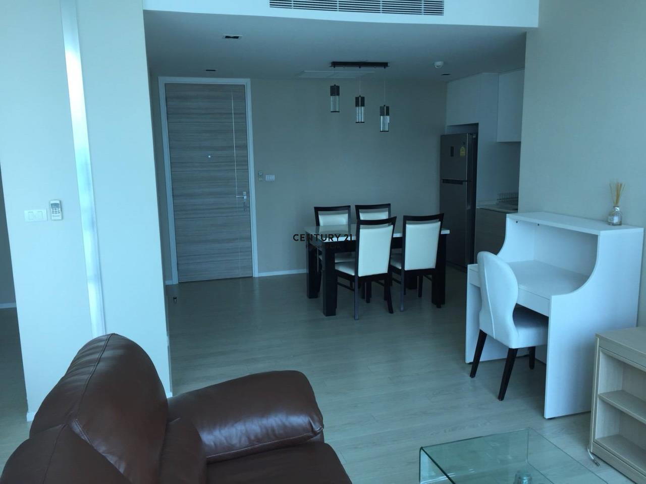 Century21 Property Link Agency's 38-CC-61432 The Room Sukhumvit 21 near BTS Asoke MRT Sukhumvit 7