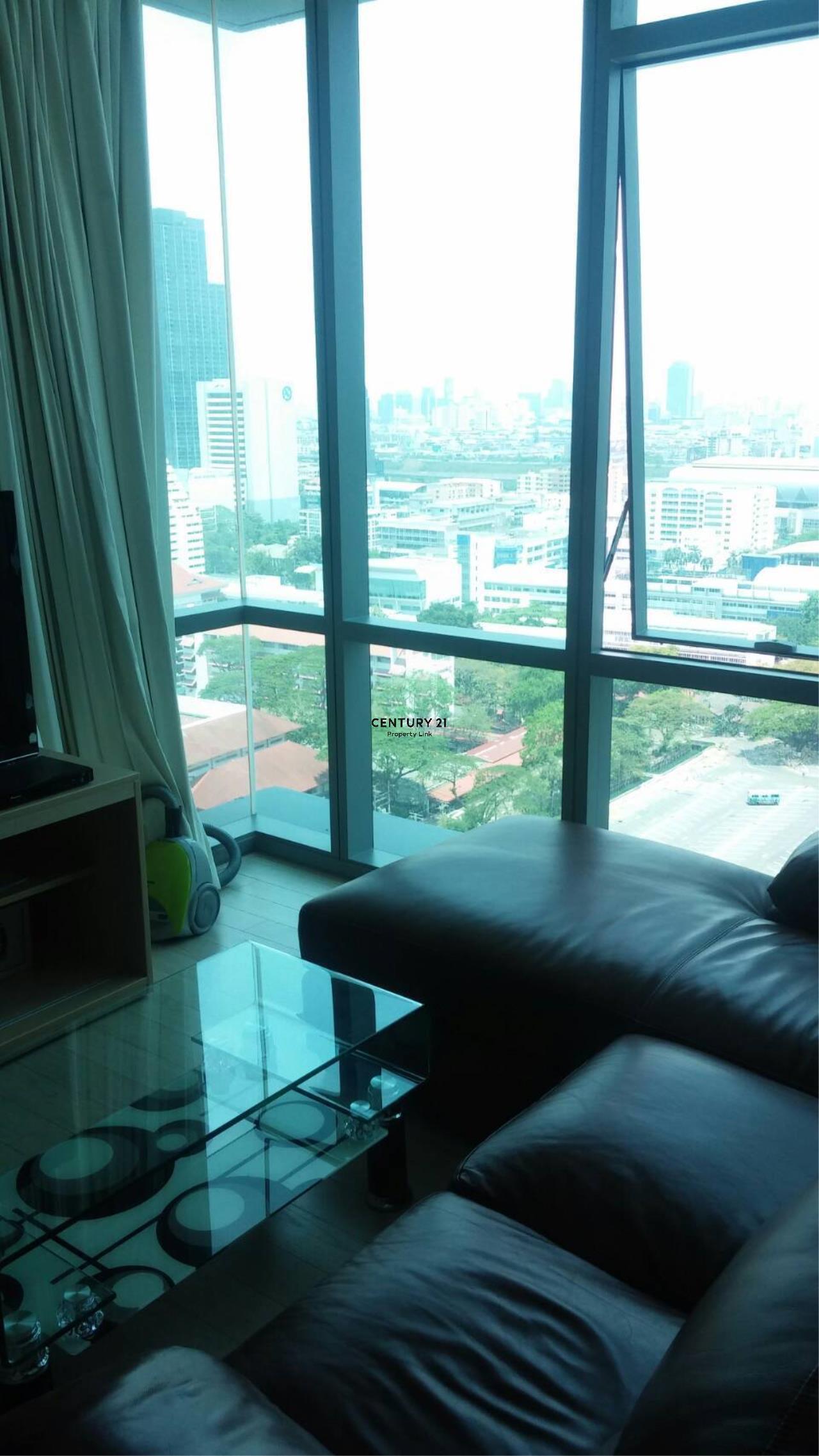 Century21 Property Link Agency's 38-CC-61432 The Room Sukhumvit 21 near BTS Asoke MRT Sukhumvit 6