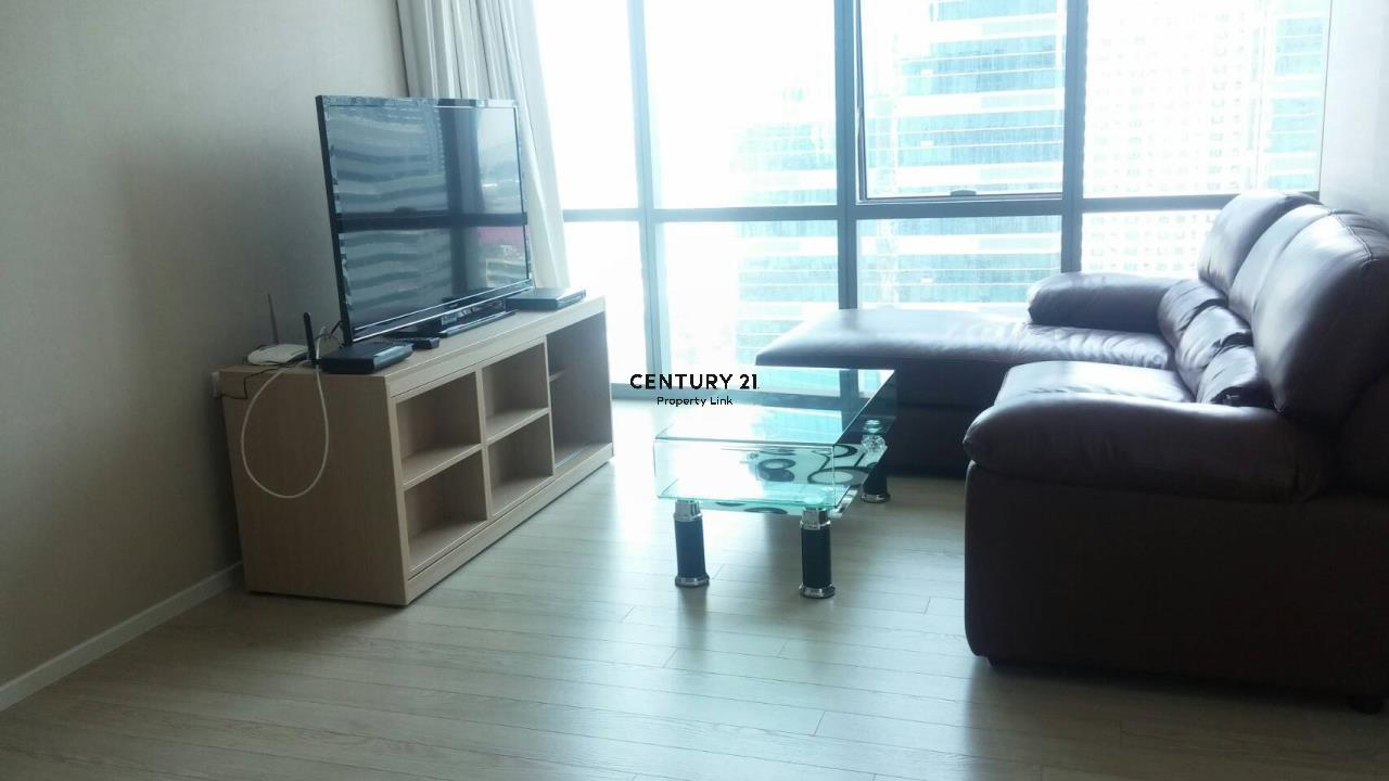 Century21 Property Link Agency's 38-CC-61432 The Room Sukhumvit 21 near BTS Asoke MRT Sukhumvit 2